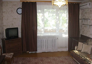 The apartment is in the center of Mirgorod, Due Camere, 001