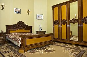 13 Sofiyskaya, Four Bedroom, 001