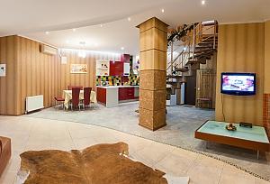 Cozy house in Odessa center, Dreizimmerwohnung, 001