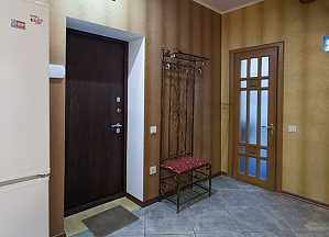Cozy house in Odessa center, Two Bedroom, 021
