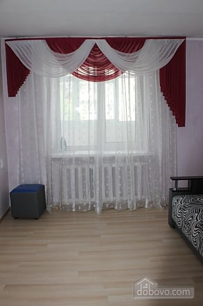 Комфортная квартира, 2х-комнатная (58246), 003