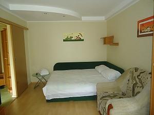 Уютная квартира на КПИ, 1-комнатная, 011