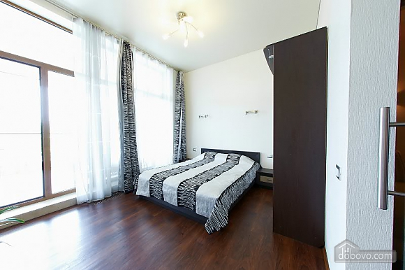 Квартира у моря, 2х-комнатная (27139), 010
