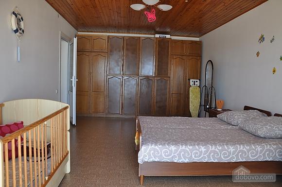 Двухуровневая дача в Грибовке, 2х-комнатная (76948), 005
