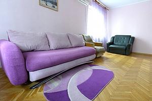 Apartment on Maidan, One Bedroom, 003