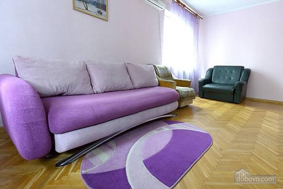Чудова квартира на Майдані, 2-кімнатна (43541), 003