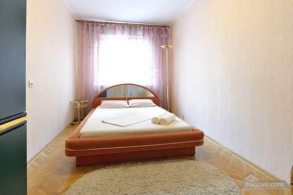 Чудова квартира на Майдані, 2-кімнатна (43541), 006