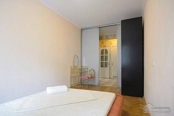 Чудова квартира на Майдані, 2-кімнатна (43541), 009