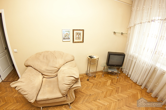 Cheap option near the railway station, One Bedroom (62219), 006
