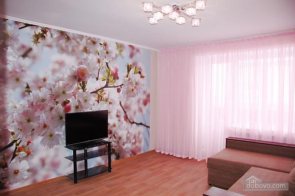 Новая квартира в центре, 1-комнатная (33729), 001