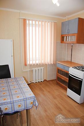 Новая квартира в центре, 1-комнатная (33729), 003