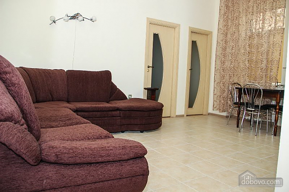 Apartment in the historical part of the city, Two Bedroom (50228), 003