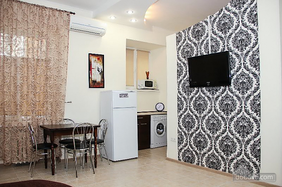 Apartment in the historical part of the city, Two Bedroom (50228), 007