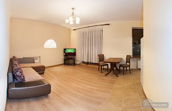 Spacious modern apartment near Derzhprom, Una Camera (71860), 001