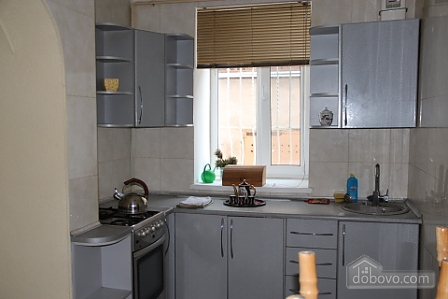 Квартира в центре Одессы, 2х-комнатная (38005), 004