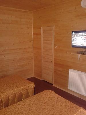 Room in Beregove, Studio, 002