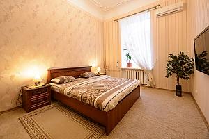 Two bedroom apartment on Mala Zhytomyrska (611), Dreizimmerwohnung, 001