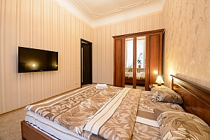 Two bedroom apartment on Mala Zhytomyrska (611), Dreizimmerwohnung, 003