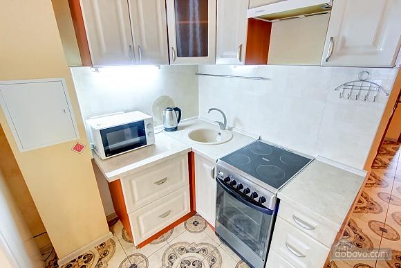 Нова квартира біля Привозу, 2-кімнатна (25698), 005
