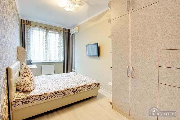 Нова квартира біля Привозу, 2-кімнатна (25698), 009