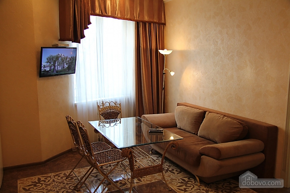 Apartment in the center of Odesa, Two Bedroom (48353), 001