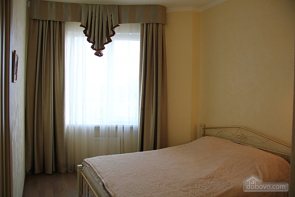 Apartment in the center of Odesa, Two Bedroom (48353), 005