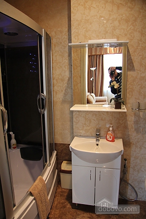 Apartment in the center of Odesa, Two Bedroom (48353), 006