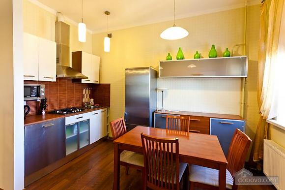 Квартира у новому будинку, 3-кімнатна (77390), 005