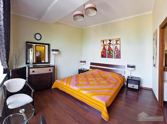 Квартира у новому будинку, 3-кімнатна (77390), 006