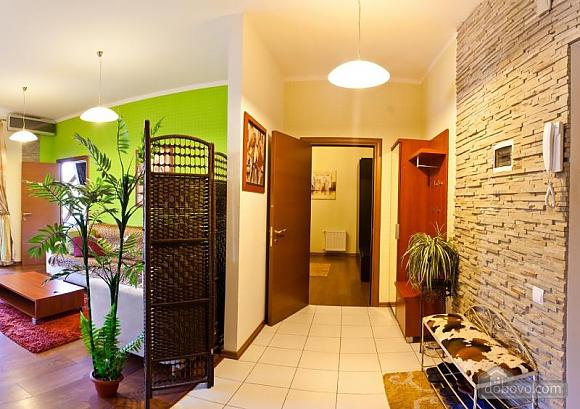 Квартира у новому будинку, 3-кімнатна (77390), 009