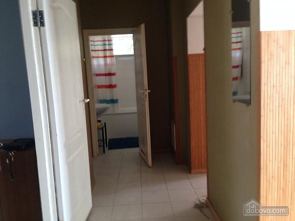 Бюджетная квартира на Печерске, 4х-комнатная (91121), 005