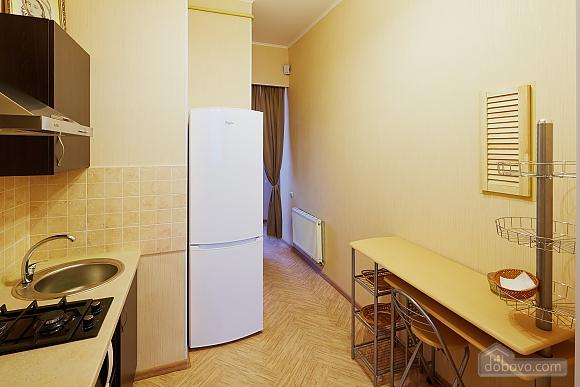 Квартира в центре Львова, 2х-комнатная (25894), 010