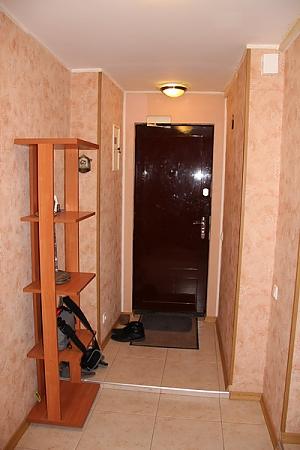 Квартира в тихом дворике, 2х-комнатная, 002