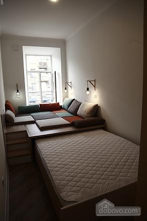 Квартира в центрі, 2-кімнатна (45098), 006