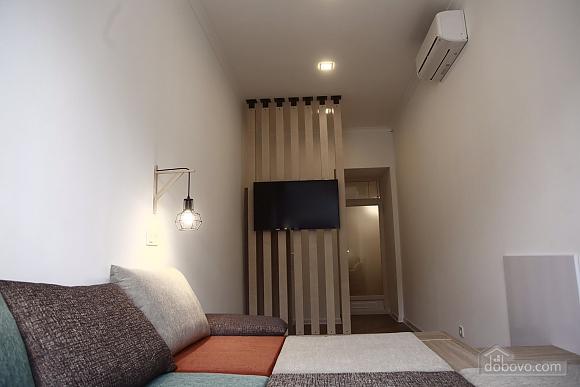 Квартира в центрі, 2-кімнатна (45098), 007