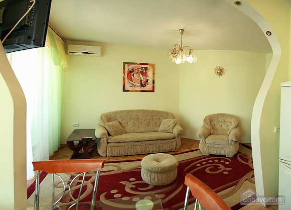 Квартира в центрі міста, 2-кімнатна (99958), 002