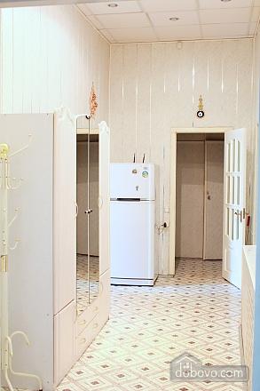 Квартира в центрі Одеси, 4-кімнатна (73455), 003