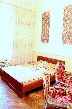 Квартира в центрі Одеси, 4-кімнатна (73455), 011