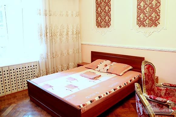 Квартира в центрі Одеси, 4-кімнатна (73455), 002