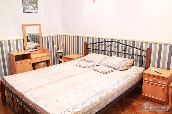 Квартира в центрі Одеси, 4-кімнатна (73455), 028