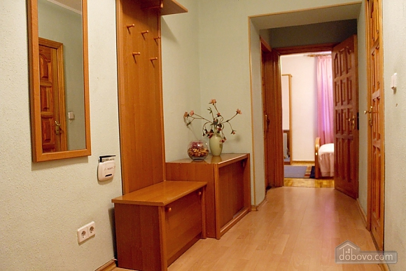 Cozy apartment with separate rooms, Due Camere (50630), 017