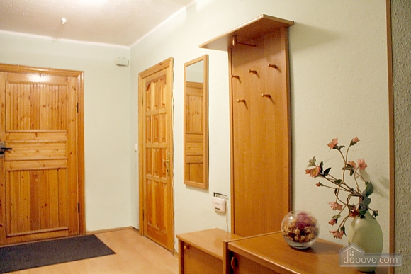 Cozy apartment with separate rooms, Due Camere (50630), 018