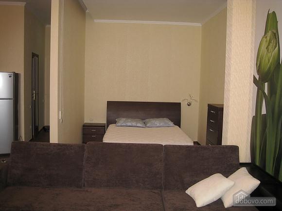Затишна квартира в Одесі, 1-кімнатна (50078), 007