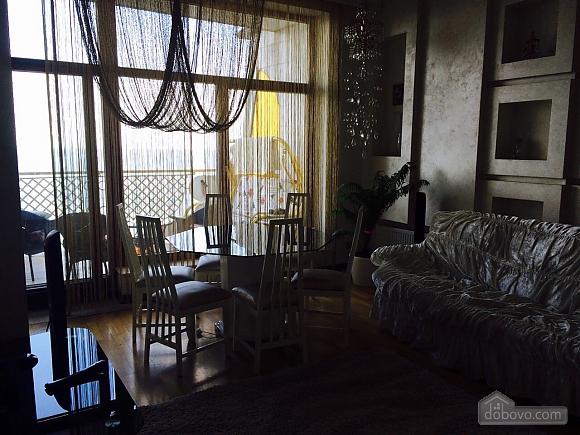 Квартира біля Аркадійського палацу, 3-кімнатна (54210), 003