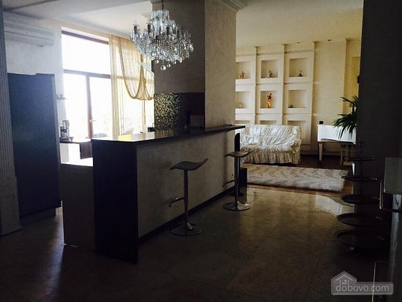 Квартира біля Аркадійського палацу, 3-кімнатна (54210), 004