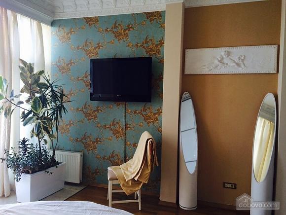 Квартира біля Аркадійського палацу, 3-кімнатна (54210), 011