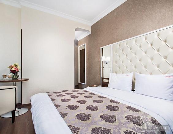 Cozy apartment in Kiev, Studio (31376), 001