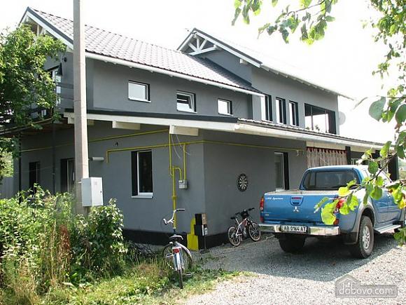 Wonderful house for wonderful people, Six (+) Bedroom (14582), 003