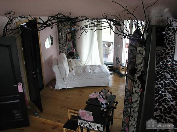 Wonderful house for wonderful people, Six (+) Bedroom (14582), 011