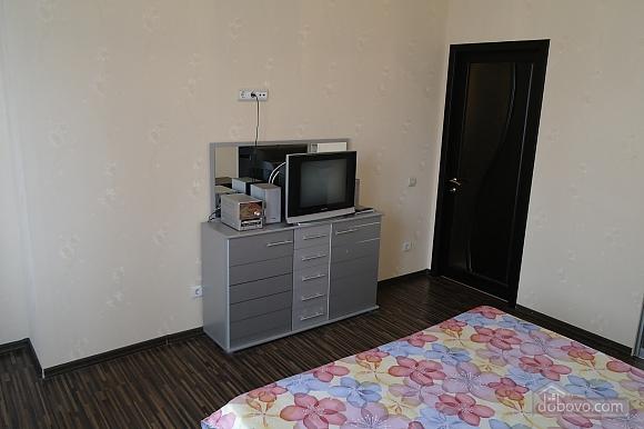 Квартира в центрі міста, 3-кімнатна (99065), 007
